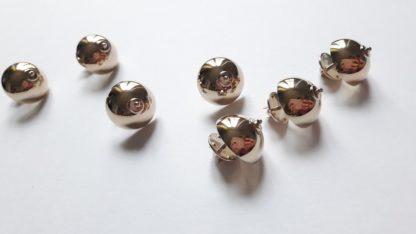 Aurelie Giard Pin's Boob