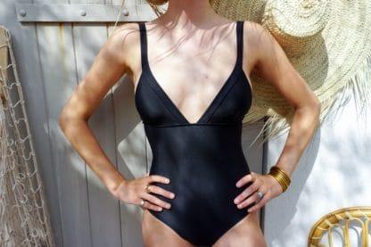 Unepiece20noirSetaria-Posidonie-Swimwear-FacetoFace