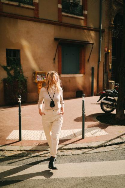 Étui à clés en cuir végétal chataigne-Raphaëlle Germain-Maroquinerie-Face To Face