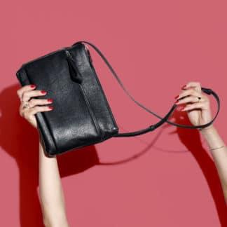 L'Espiègle en cuir et en daim noir | Karen Vogt |Maroquinerie Créateurs