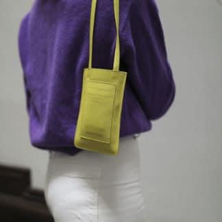 Pochette portable jaune |Raphaëlle Germain | Maroquinerie Créateurs