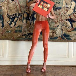 legging-velours-orange-mecanique-pattes-de-velours-kinga-nogaj-facetoface